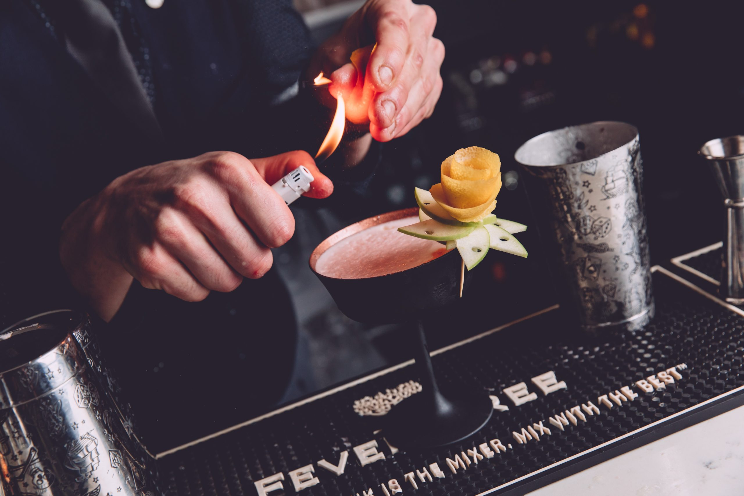cocktail photography at Hummings Bar